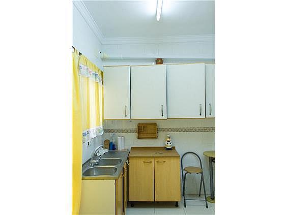 Casa en alquiler en calle Veintiocho de Febrero, Bollullos Par del Condado - 307060657
