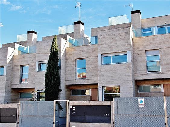 Casa adosada en alquiler en Montecarmelo en Madrid - 285632598