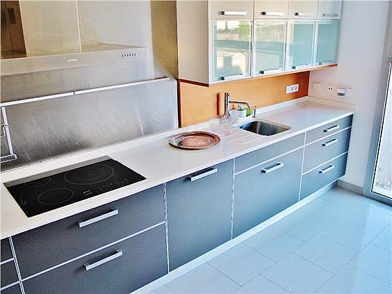 Casa adosada en alquiler en Montecarmelo en Madrid - 285632604