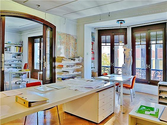 Piso en alquiler en Almagro en Madrid - 285633345