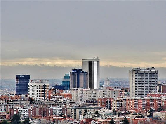 Ático en alquiler en Costillares en Madrid - 304761047