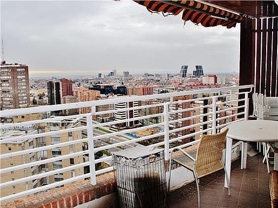 Ático en alquiler en Costillares en Madrid - 304761056