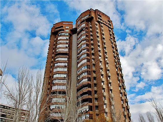 Ático en alquiler en Costillares en Madrid - 304761086