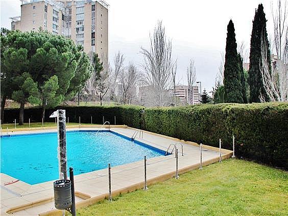 Ático en alquiler en Costillares en Madrid - 304761098