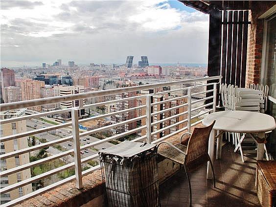 Ático en alquiler en Costillares en Madrid - 304761152
