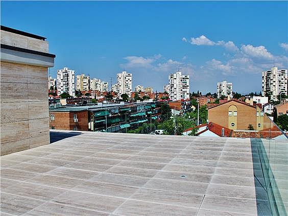 Casa en alquiler en Canillas en Madrid - 330966192