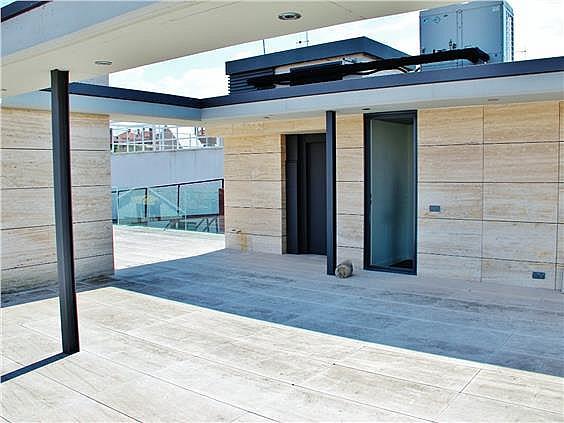 Casa en alquiler en Canillas en Madrid - 330966195