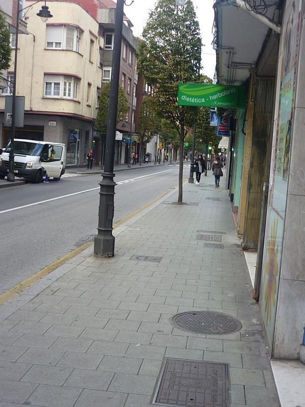 Local comercial en alquiler en calle Schulz, El Llano en Gijón - 339157782