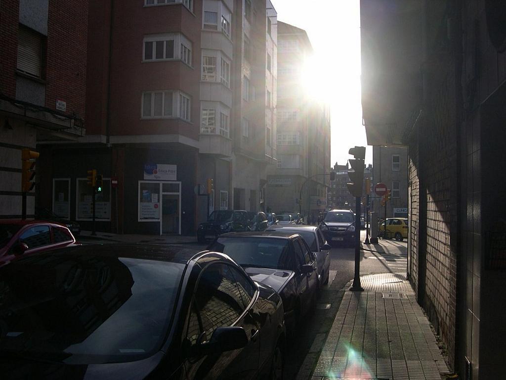 Local comercial en alquiler en Este en Gijón - 358626754
