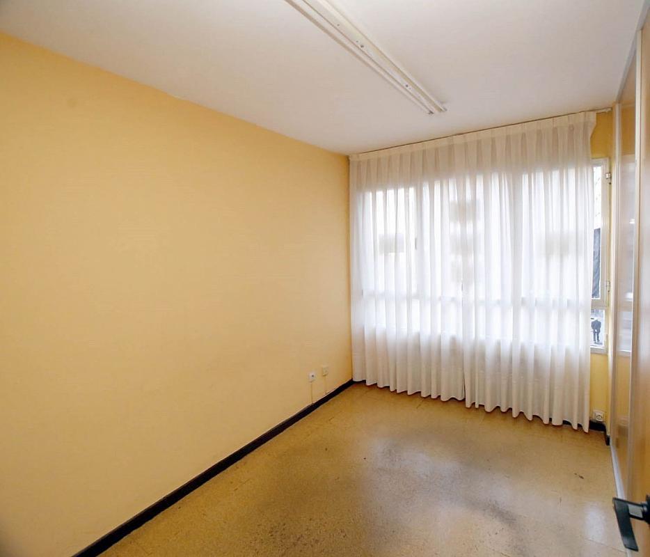 Oficina en alquiler en Zona Teatro Campoamor en Oviedo - 358636843