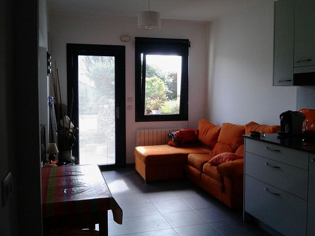 Casa adosada en alquiler en calle Cerona, Colunga - 358633543