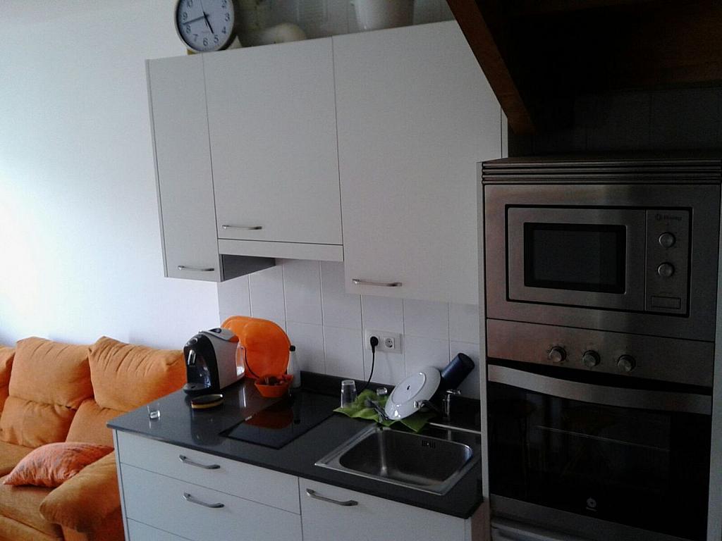 Casa adosada en alquiler en calle Cerona, Colunga - 358633546
