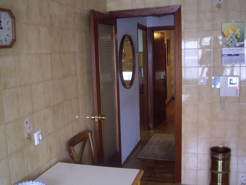 Piso en alquiler en calle Cangas de Onís, Laviada en Gijón - 358648378