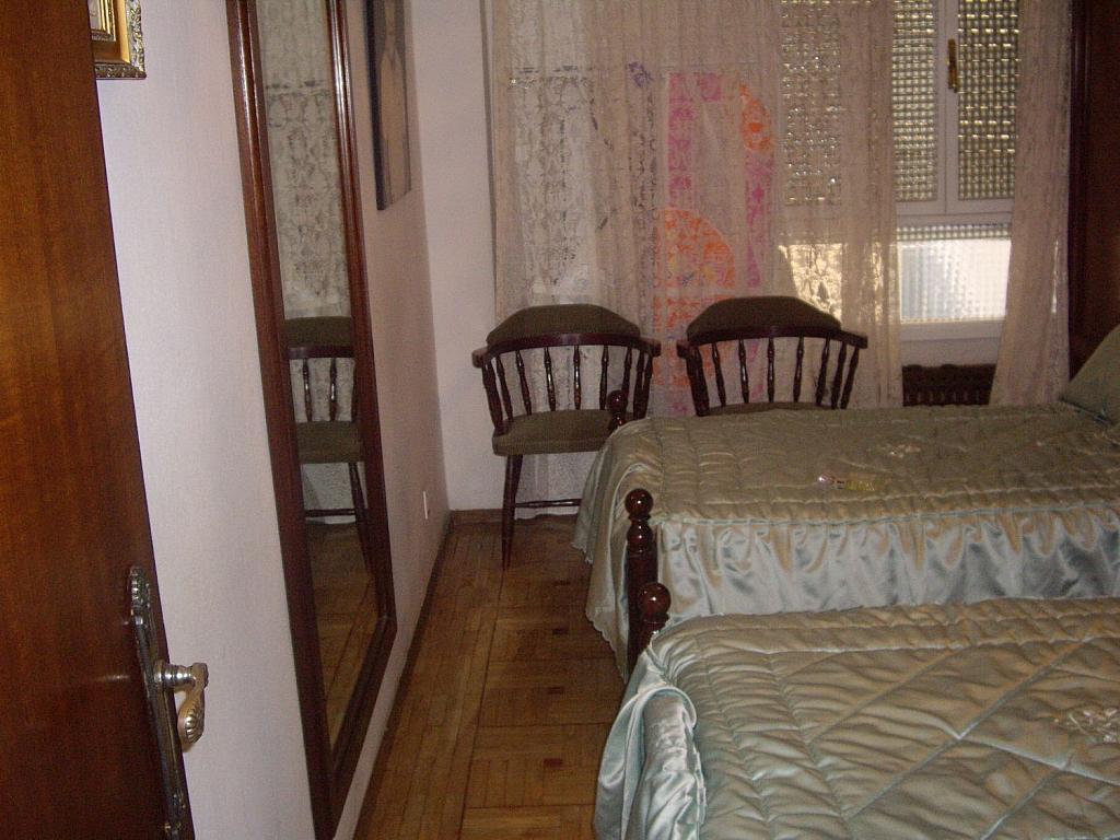 Piso en alquiler en calle Cangas de Onís, Laviada en Gijón - 358648456
