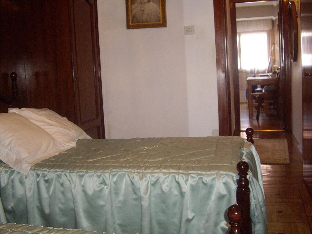 Piso en alquiler en calle Cangas de Onís, Laviada en Gijón - 358648459