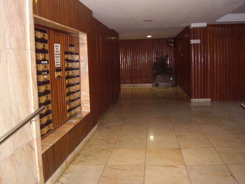 Piso en alquiler en calle Cangas de Onís, Laviada en Gijón - 358648495