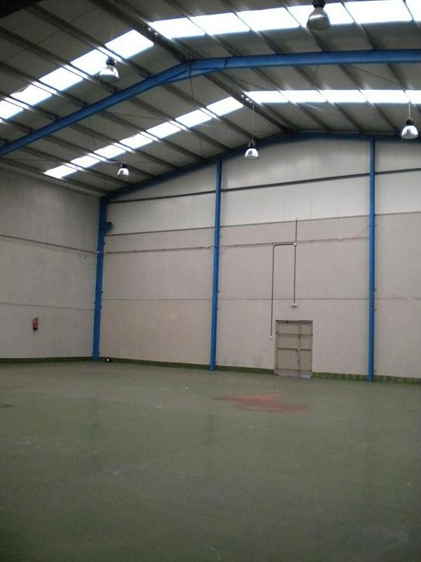 Nave industrial en alquiler en Carreño - 358652470