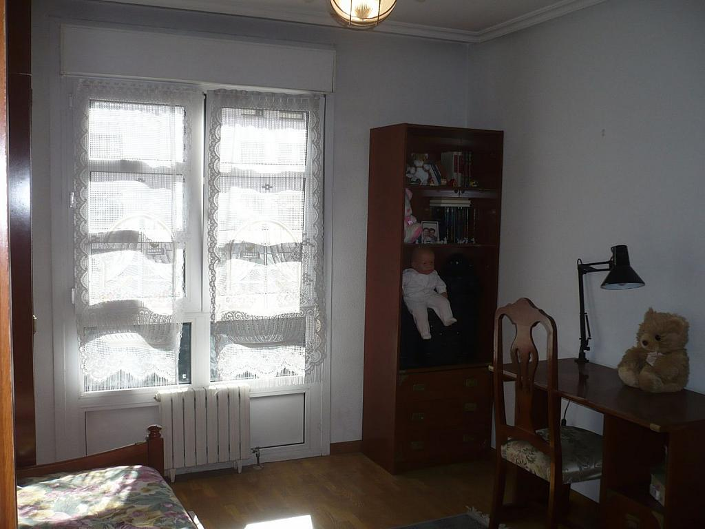 Piso en alquiler en calle Del Llano, El Llano en Gijón - 318486551