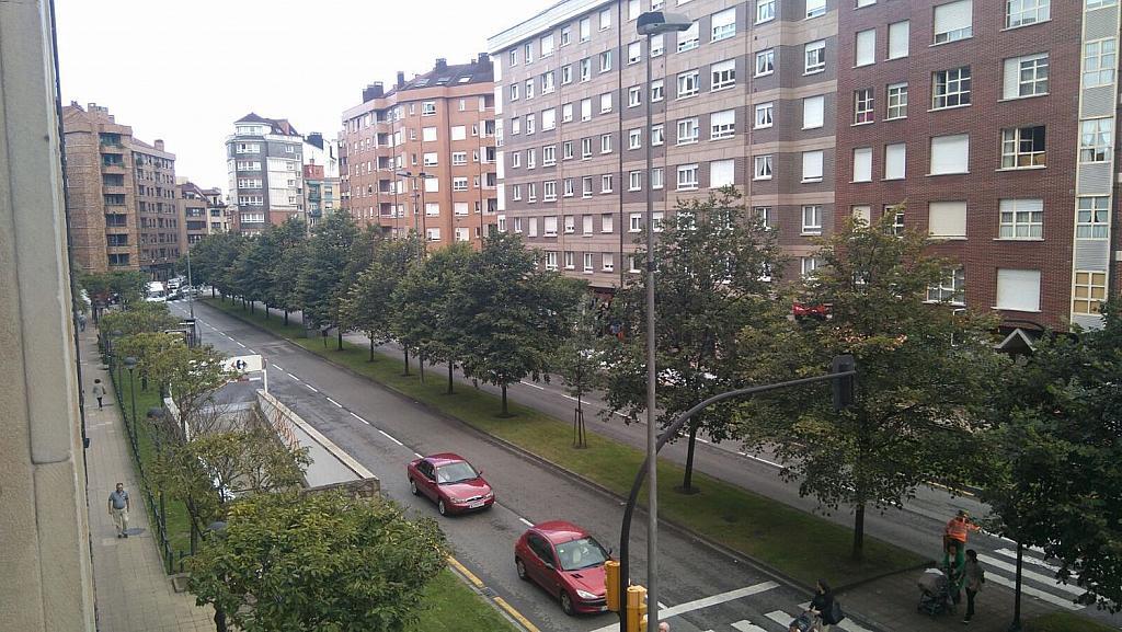 Piso en alquiler en calle Del Llano, El Llano en Gijón - 325867778