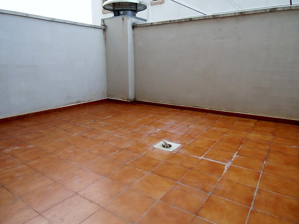 Casa adosada en alquiler en calle Cortes Valencianas, Eliana Pueblo en Eliana (l´) - 325295490