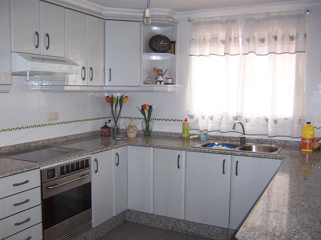 Chalet en alquiler en calle Maravisa, Urb. Maravisa en Pobla de Vallbona (la) - 326693826