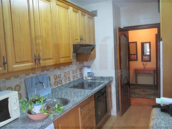 Piso en alquiler en calle San Mateo, San Lazaro-Otero-Villafría en Oviedo - 312953085
