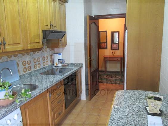 Piso en alquiler en calle San Mateo, San Lazaro-Otero-Villafría en Oviedo - 312953088