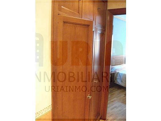 Piso en alquiler en calle Alfonso Iii, Zona Teatro Campoamor en Oviedo - 321355318