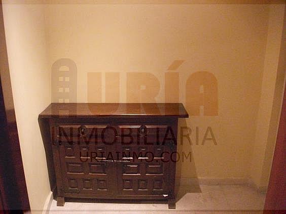 Piso en alquiler en calle Alfonso Iii, Zona Teatro Campoamor en Oviedo - 321355339