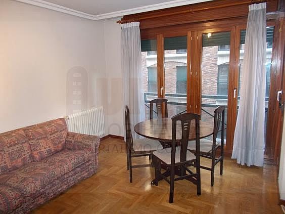 Piso en alquiler en calle Avellanos, Zona Teatro Campoamor en Oviedo - 330577288