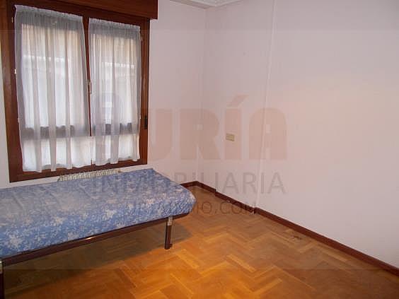 Piso en alquiler en calle Avellanos, Zona Teatro Campoamor en Oviedo - 330577354