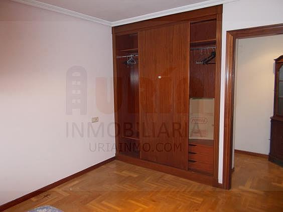 Piso en alquiler en calle Avellanos, Zona Teatro Campoamor en Oviedo - 330577363