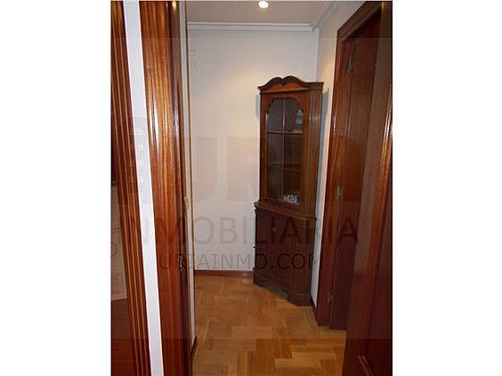 Piso en alquiler en calle Avellanos, Zona Teatro Campoamor en Oviedo - 330577369