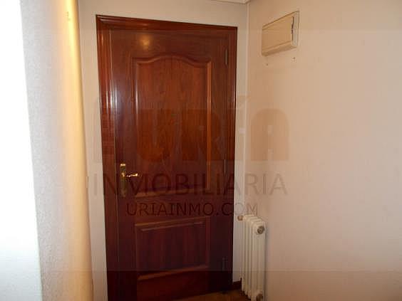 Piso en alquiler en calle Avellanos, Zona Teatro Campoamor en Oviedo - 330577375