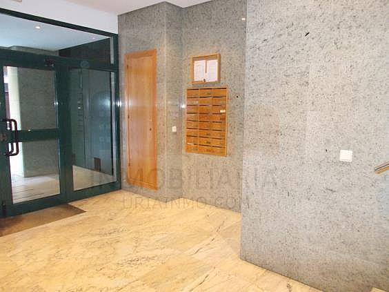 Piso en alquiler en calle Avellanos, Zona Teatro Campoamor en Oviedo - 330577381