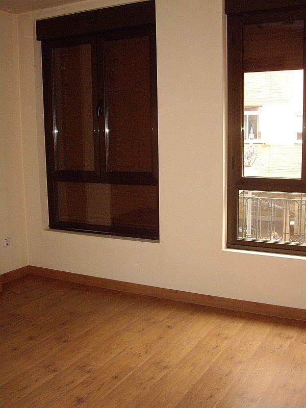 Oficina en alquiler en León - 359255808