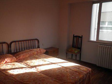 Foto - Apartamento en alquiler en calle Centro, Centro en León - 347138081