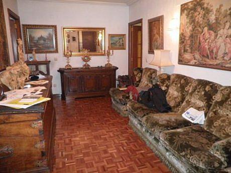 Foto - Piso en alquiler en calle Centro, Centro en León - 351645735