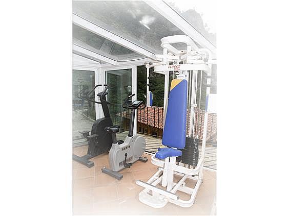 Hotel en alquiler en Ponga - 302400227