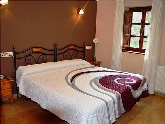 Hotel en alquiler en Ponga - 302400230
