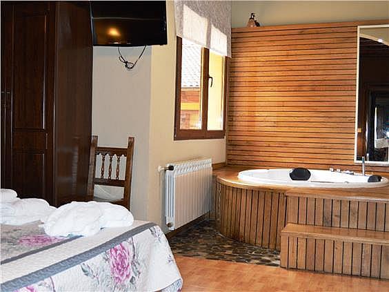 Hotel en alquiler en Ponga - 302400233
