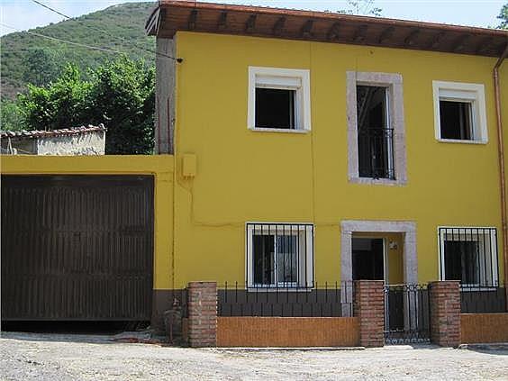 Casa en alquiler en Cabrales - 302401442