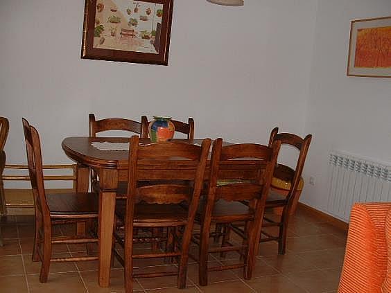 Casa en alquiler en Parres - 302407136