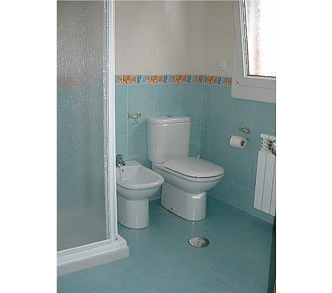 Casa en alquiler en Parres - 302407157