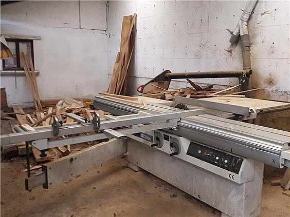 Nave industrial en alquiler en Parres - 308941972