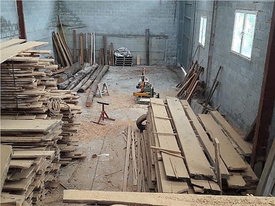 Nave industrial en alquiler en Parres - 308941984