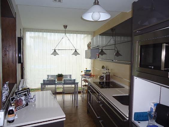 Casa en alquiler en Parres - 354757713