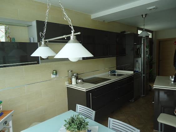 Casa en alquiler en Parres - 354757746