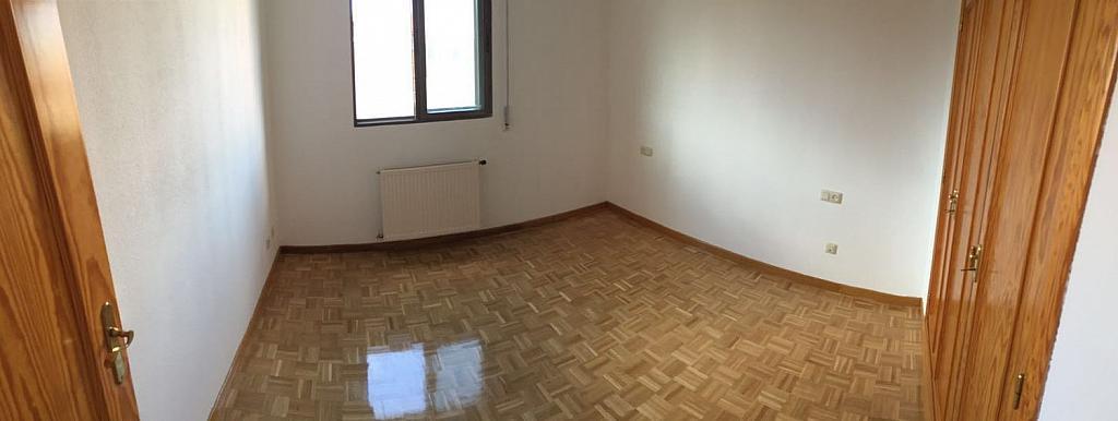 Piso en alquiler en calle Dulzaina, San Cristóbal de Segovia - 358394997