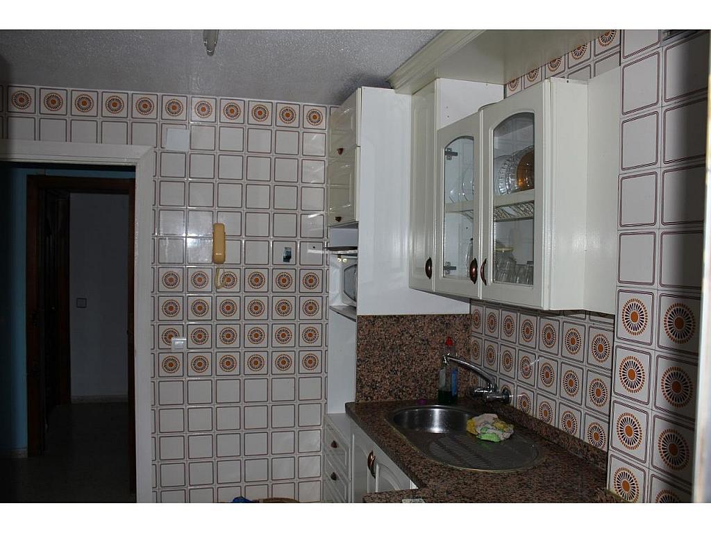 Piso en alquiler en calle Del Bachiller, Huelva - 331380442